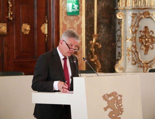 """""""Ein Budget, das Investitionen in den Standort Steiermark ermöglicht und so die zukunftsorientierte Arbeit für unser Bundesland erlaubt!"""""""