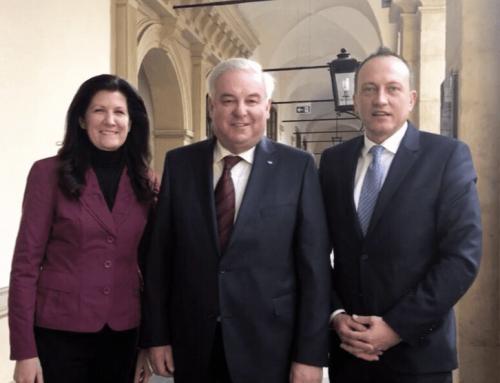 Armin Forstner als Nachfolger von Karl Lackner im Landtag angelobt